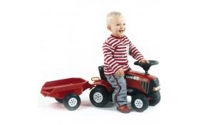 Маленький трактор Falk с прицепом